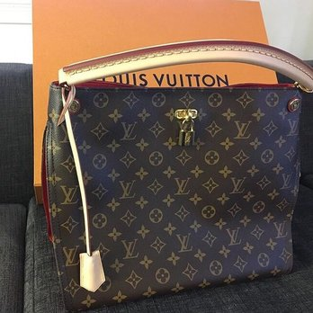 Photo Of Louis Vuitton New York 5th Avenue Ny United States