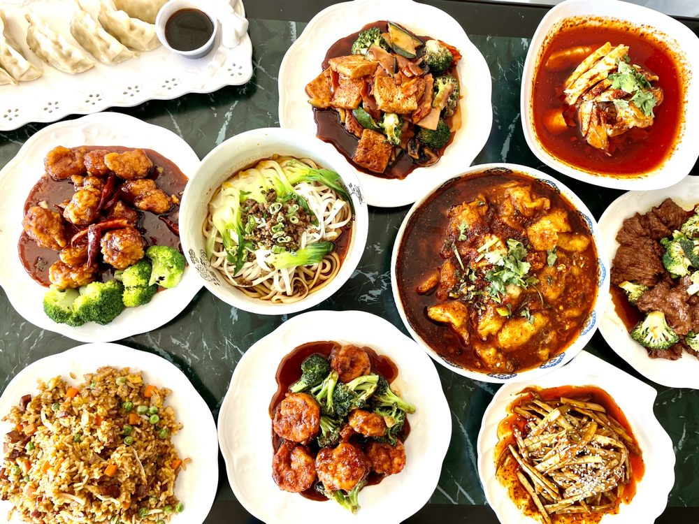 SESAME Chinese Kitchen: 503 Conklin St, Farmingdale, NY