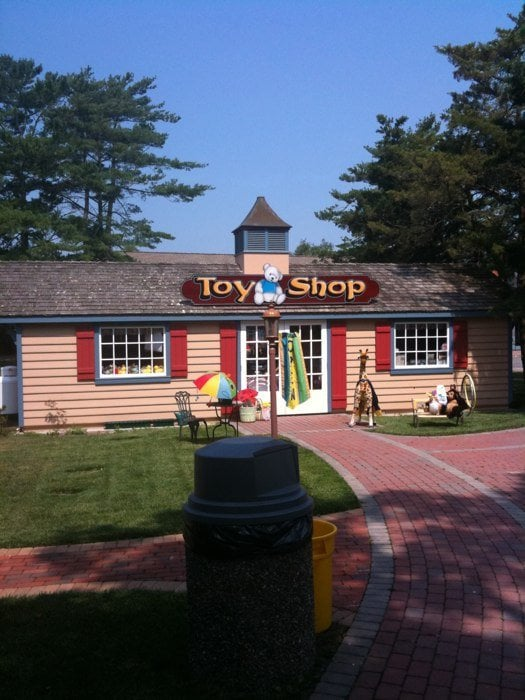 Woodland Toys: 1919 N Route 9, Cape May Court House, NJ