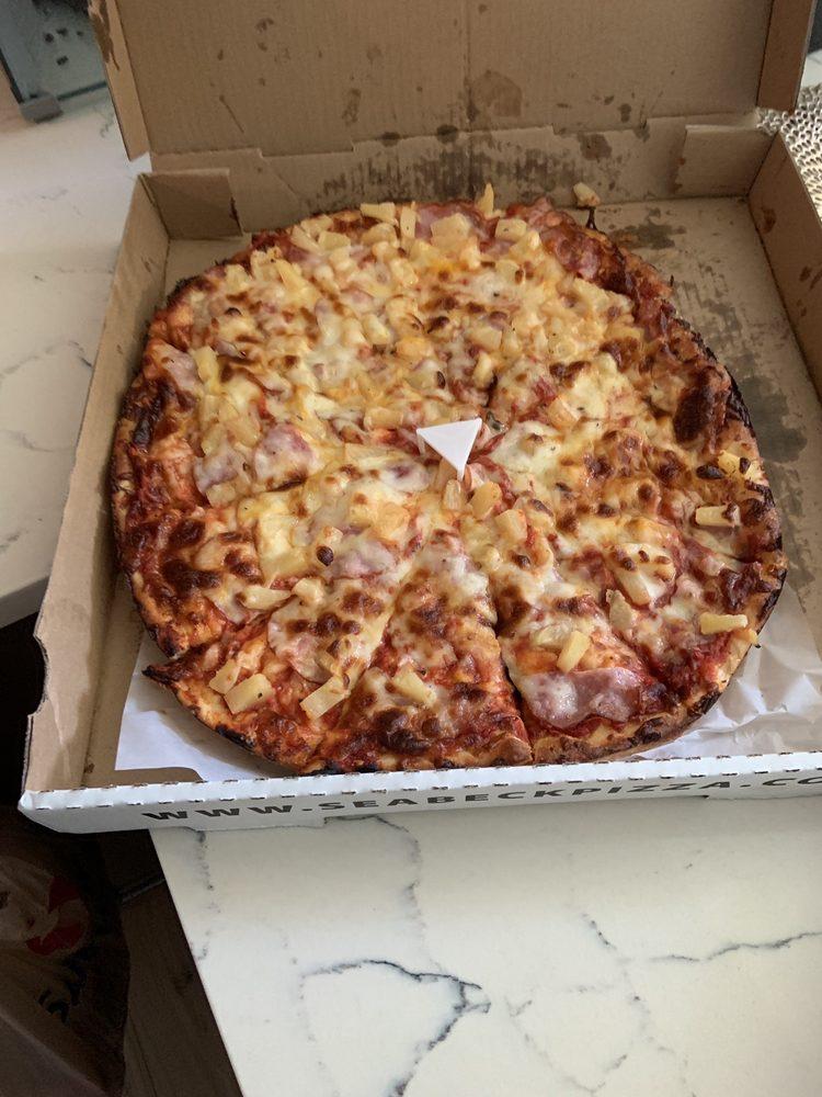 Seabeck Pizza: 11 NE Old Belfair Hwy, Belfair, WA