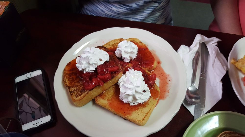 Lester's Diner: 1567 W Maumee St, Adrian, MI