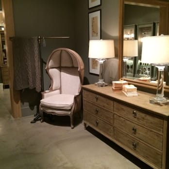 Restoration hardware closed furniture stores 390 for Restoration hardware furniture quality
