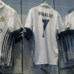 eaf391eb8 Real Madrid Official Store - Sports Wear - Calle Gran Via