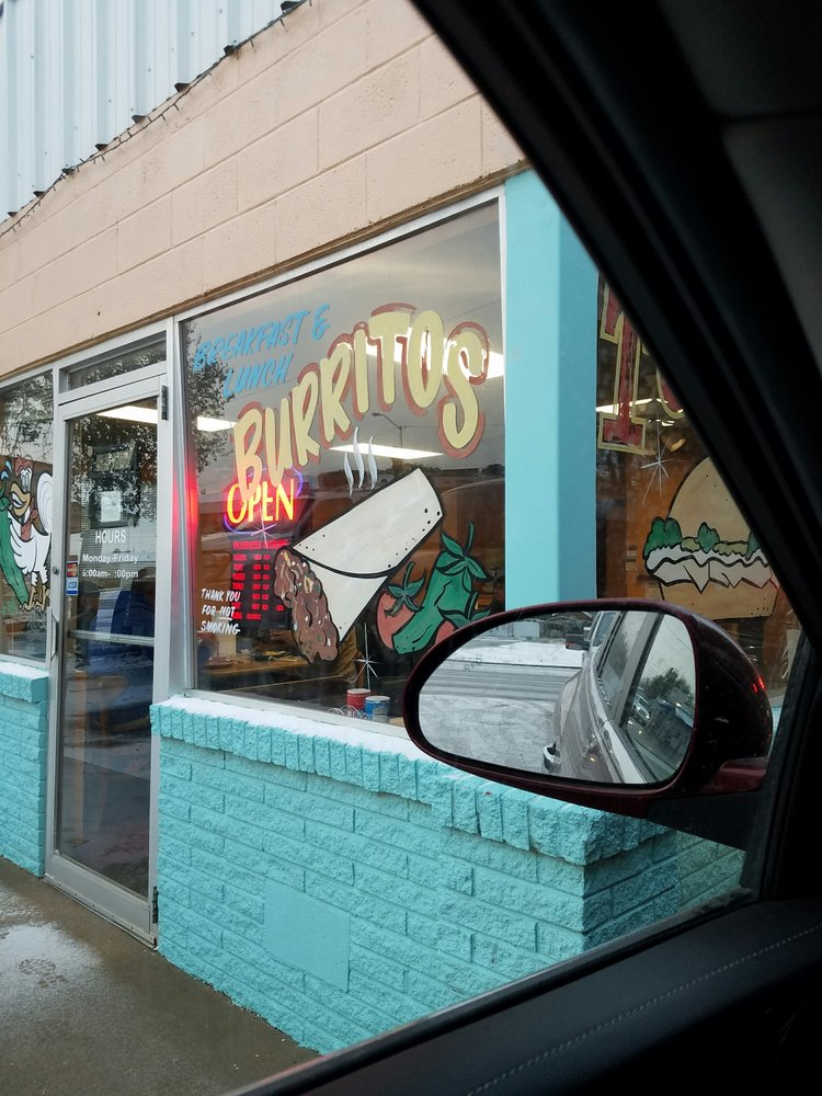 El Jacalito: 400 S Main St, Andrews, TX