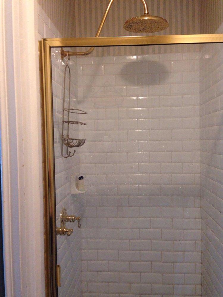 DeLano Mansion Inn Bed and Breakfast: 302 Cutler St, Allegan, MI