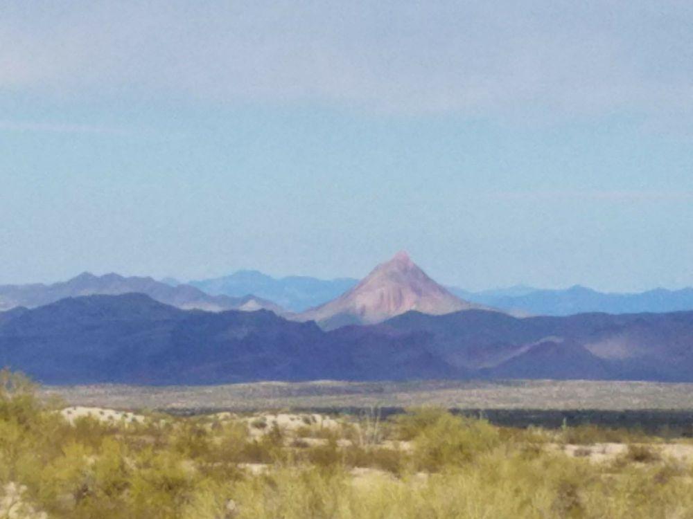 The Wayside Oasis: 74801 Wickenburg Rd, Wenden, AZ