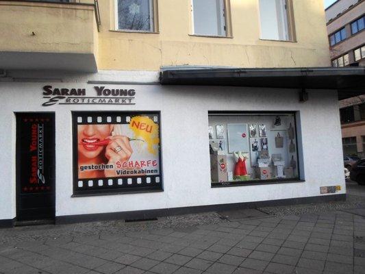 sarah young erotik tempelhofer damm 123 tempelhof berlin deutschland telefonnummer yelp. Black Bedroom Furniture Sets. Home Design Ideas