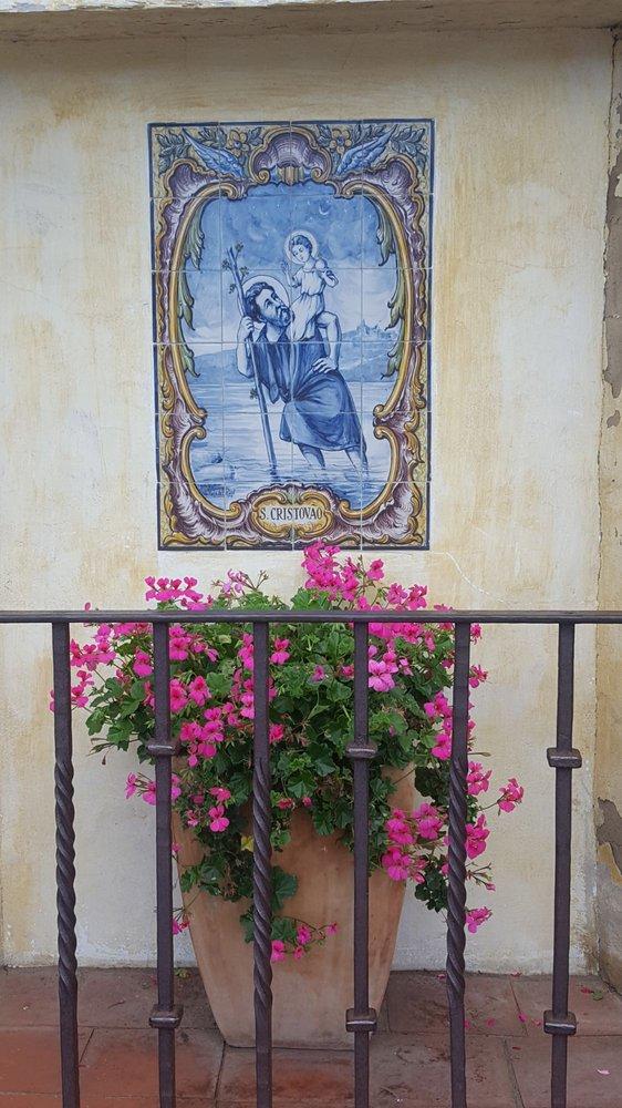 Carmel Mission Basilica: 3080 Rio Rd, Carmel, CA