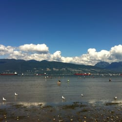 how to get to spanish banks by bus