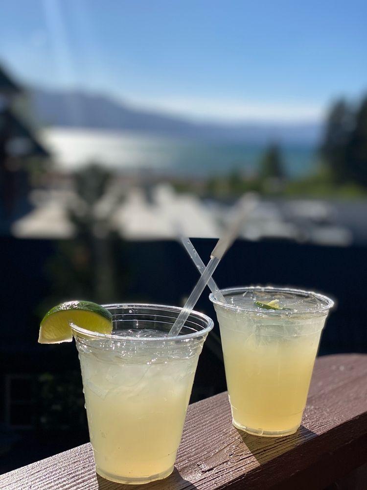 Lake Tahoe Vacation Resort - Slideshow Image 1