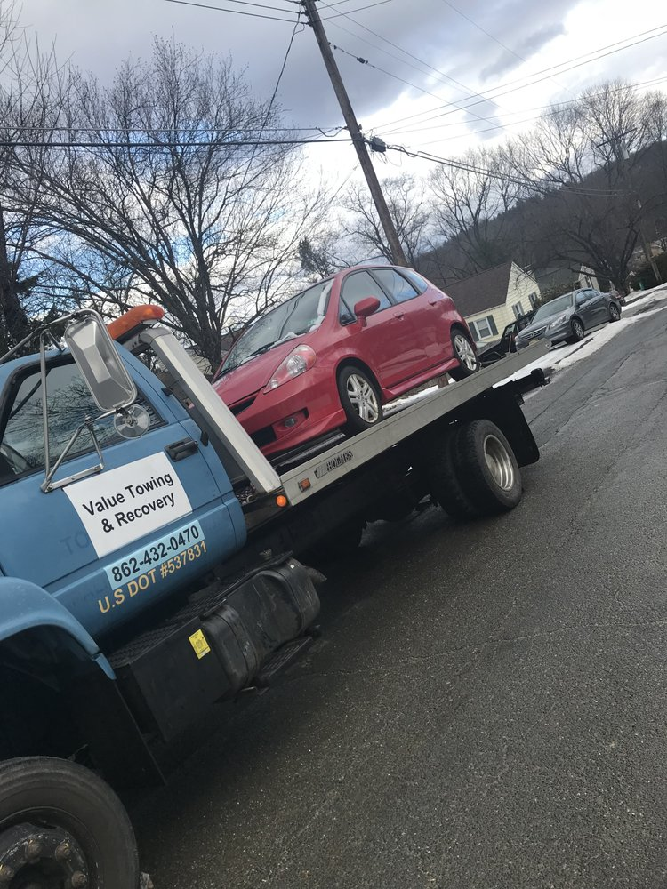 Value Towing and Recovery: 111 Vermont Trl, Hopatcong, NJ