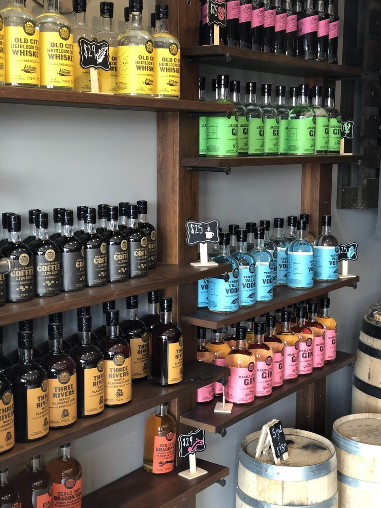 Knox Whiskey Works: 516 W Jackson Ave, Knoxville, TN
