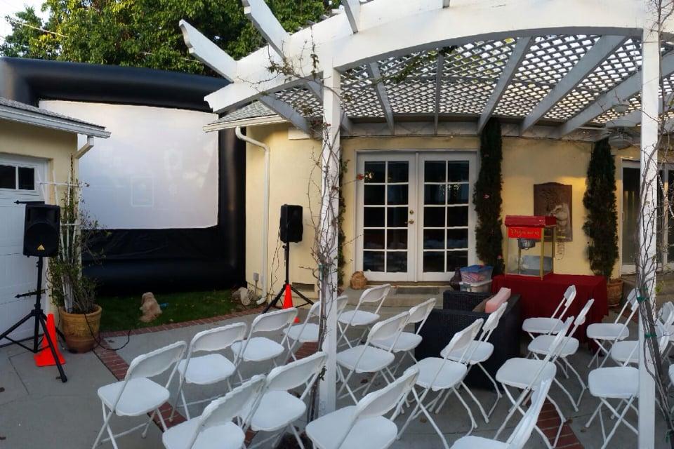 FunFlicks Outdoor Movies Los Angeles and Ventura: Los Angeles, CA