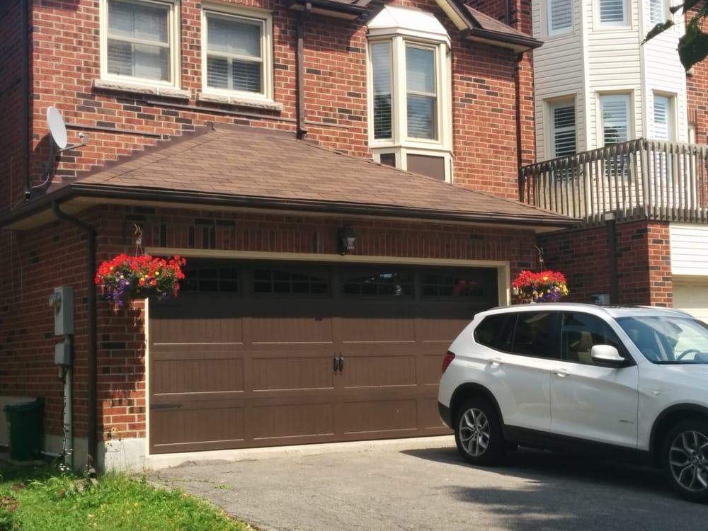 Pearland garage door repairs garage door services for Garage doors of houston