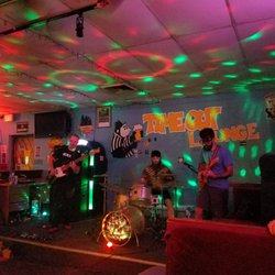Time Out Lounge 40 Photos 43 Reviews Dive Bars 3129 S Mill