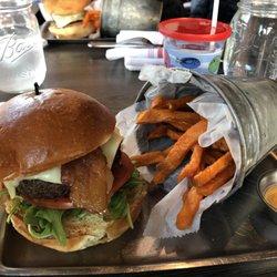 Ab Burgers 137 Photos 292 Reviews Burgers 206 Cabot St
