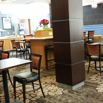 Holiday Inn Express Alexandria Hotel - Fort Belvoir - 54 Photos & 38