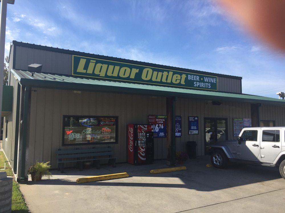 Concordia Liquor Outlet: 1250 Lincoln St, Concordia, KS