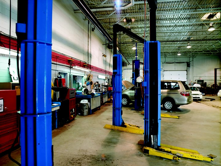Sennott Brothers Auto: 502 W Mazon, Dwight, IL