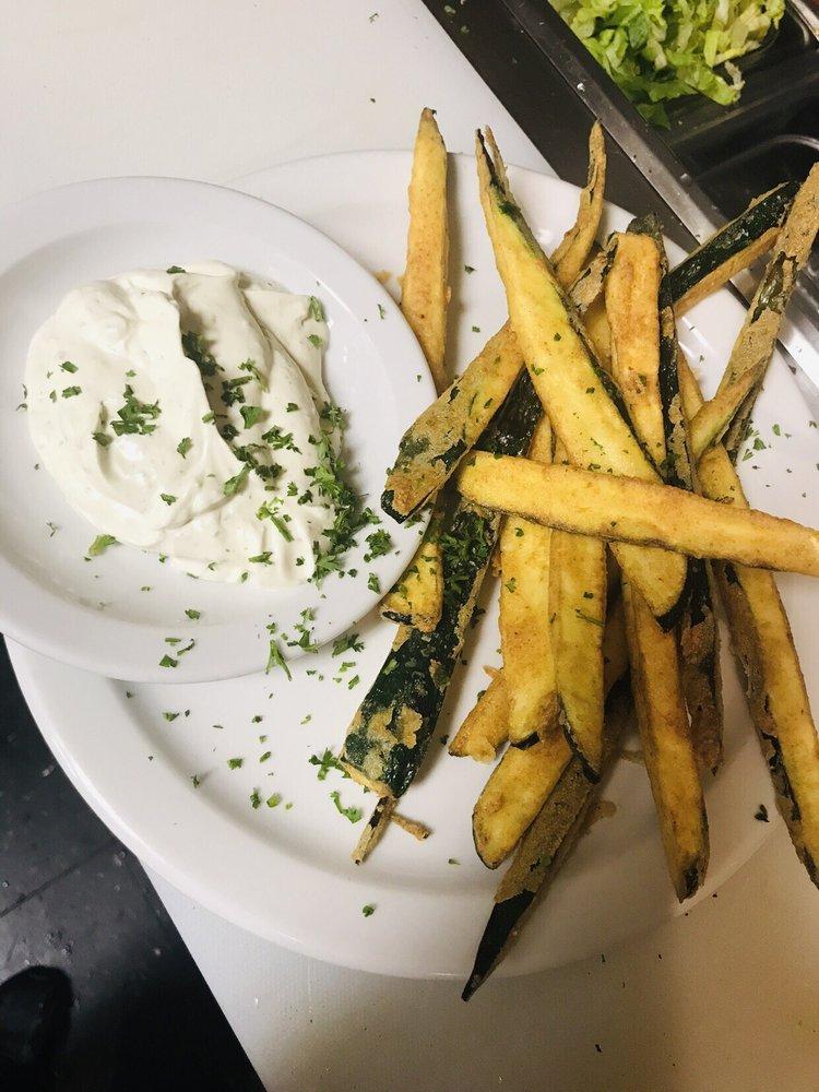 Albana's Taverna Greek Cuisine: 614 Sperryville Pike, Culpeper, VA