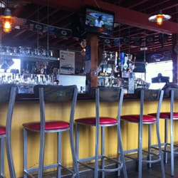 Hudsons Classic Grill Closed Burgers 12 N Central Ave