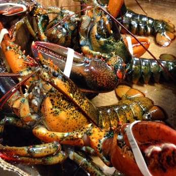 Trang s seafood market 16 reviews seafood markets for Fish market san diego ca