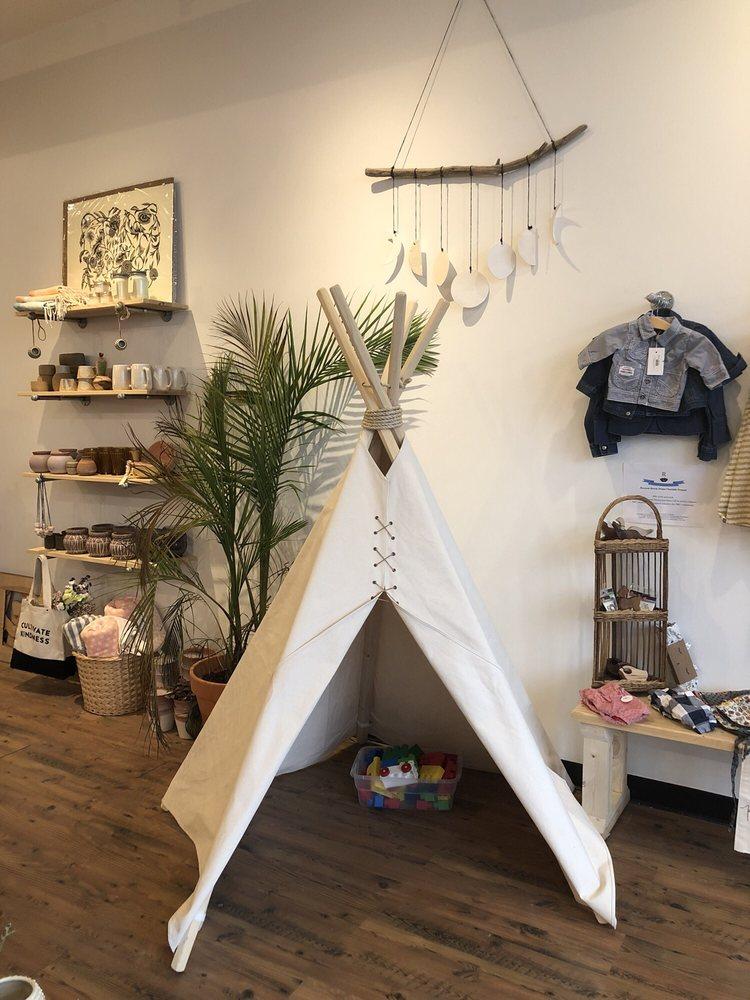 shop resevoir: 1147 Wealthy St SE, Grand Rapids, MI