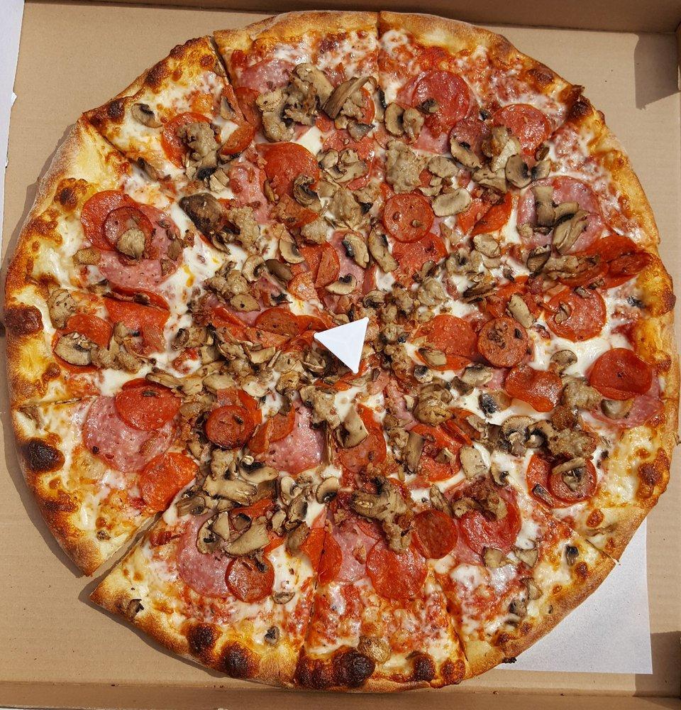 Gio's Pizza: 2700 Yulupa Ave, Santa Rosa, CA