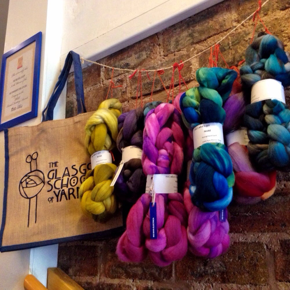 Knitting Queen Margaret Drive : The yarn cake fotos beiträge coffee shop
