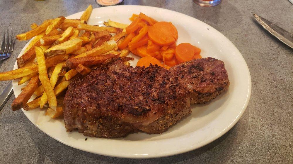 Diamond Heart Cattlemen's Steakhouse Soda Springs: 76 N Main St, Soda Springs, ID