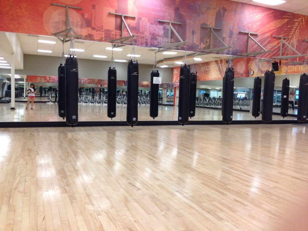 Photo Of La Fitness Verne Ca United States Punching Bags In