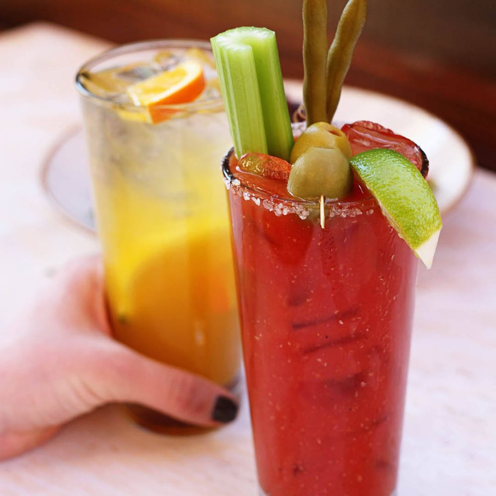 Lazy Dog Restaurant & Bar - Coming Soon!: 14333 Newbrook Dr, Chantilly, VA