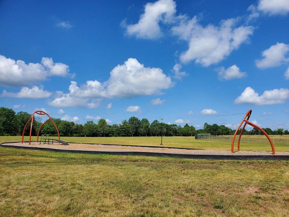 Montgomery Veterans Park / Arboretum: 210 Harlingen Rd, Belle Mead, NJ