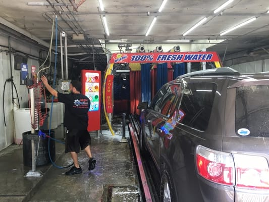 Basha Car Wash 36638 Groesbeck Hwy Clinton Township Mi Car Washes