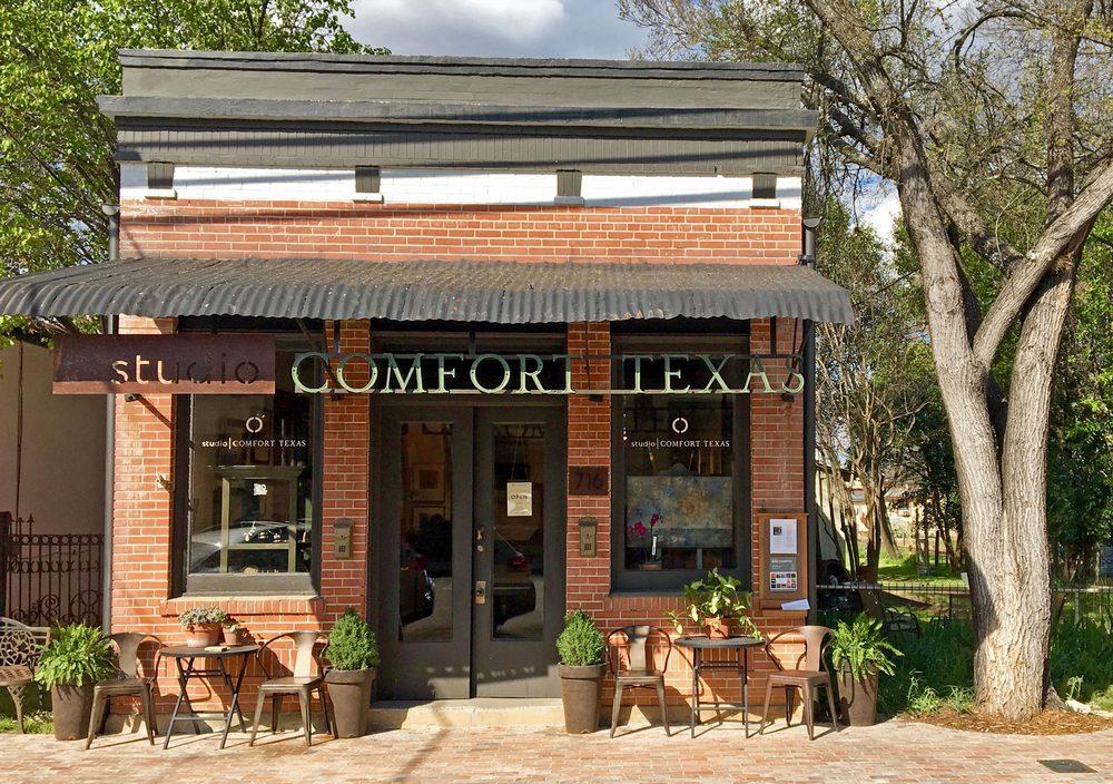 studio COMFORT TEXAS: 716 High St, Comfort, TX