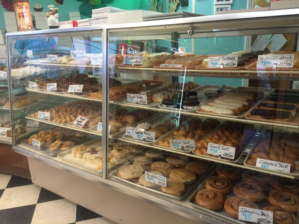 Schulte Bakery: 1100 W 5th St, Washington, MO