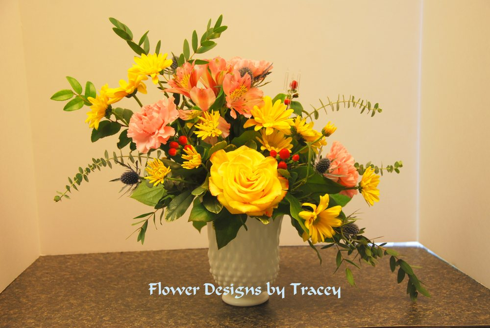Flower Designs By Tracey: 7567 Court St, Elizabethtown, NY