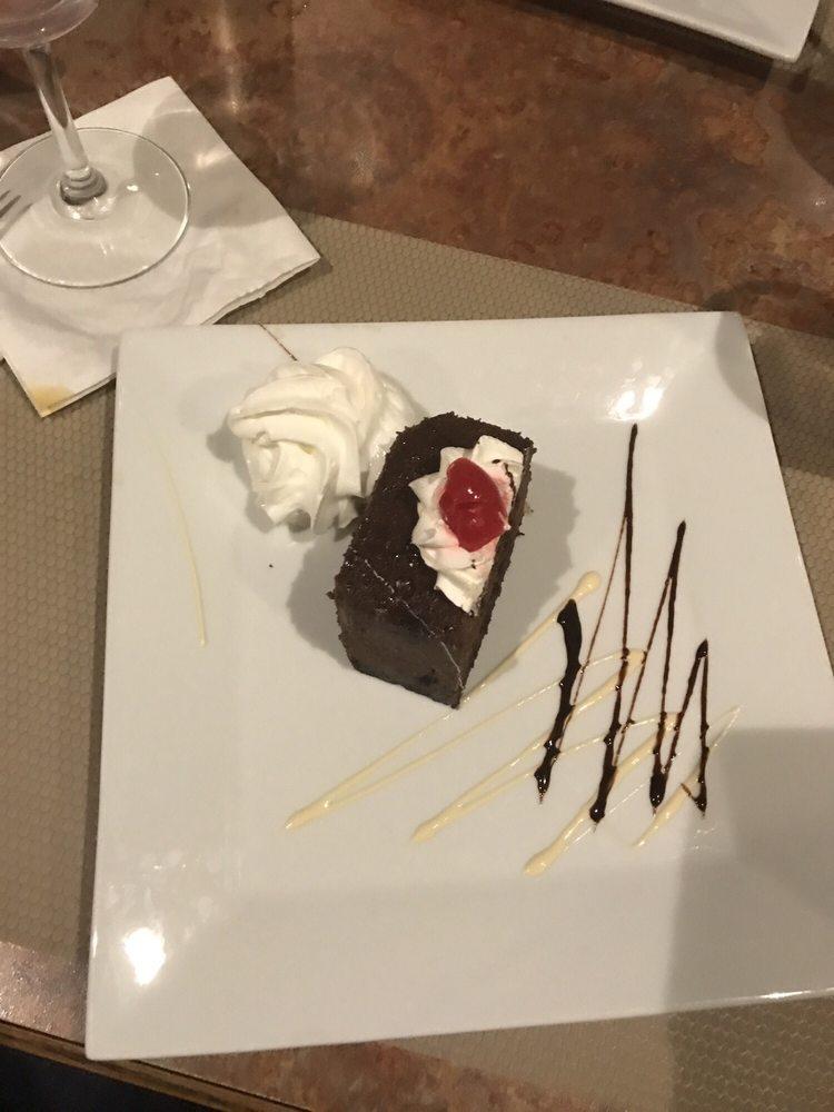 Luigi's Restaurant & Gourmet Express: 1357 Hartford Ave, Johnston, RI