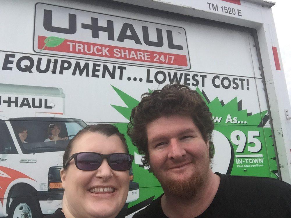 U-Haul Neighborhood Dealer - Truck Rental - 10560 Los