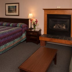 Photo Of Stowe Motel Snowdrift Vt United States Superior Fireplace