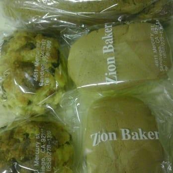 Permalink to Zion Pound Cake