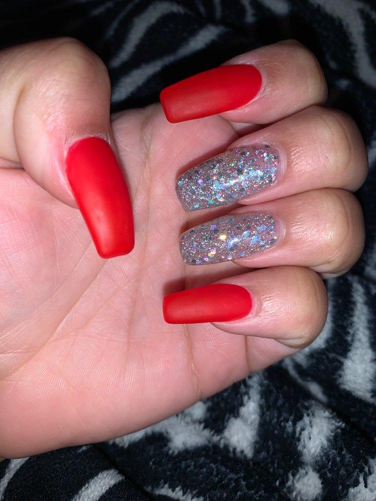 Marble Nails & Spa: 1304 N US Hwy 281, Marble Falls, TX