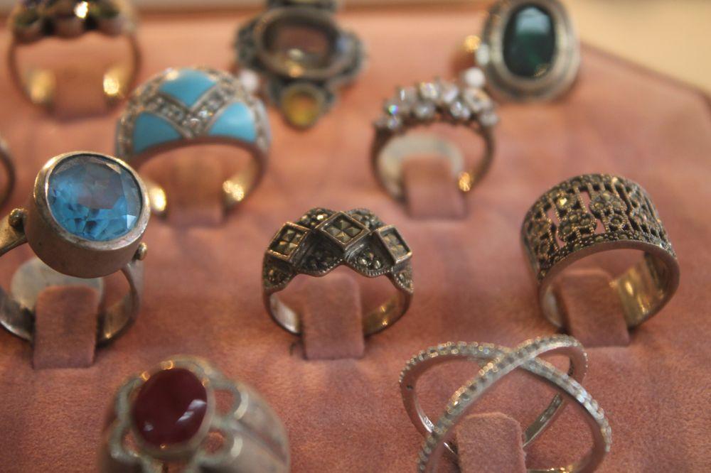 Elk Grove Jewelry & Pawn