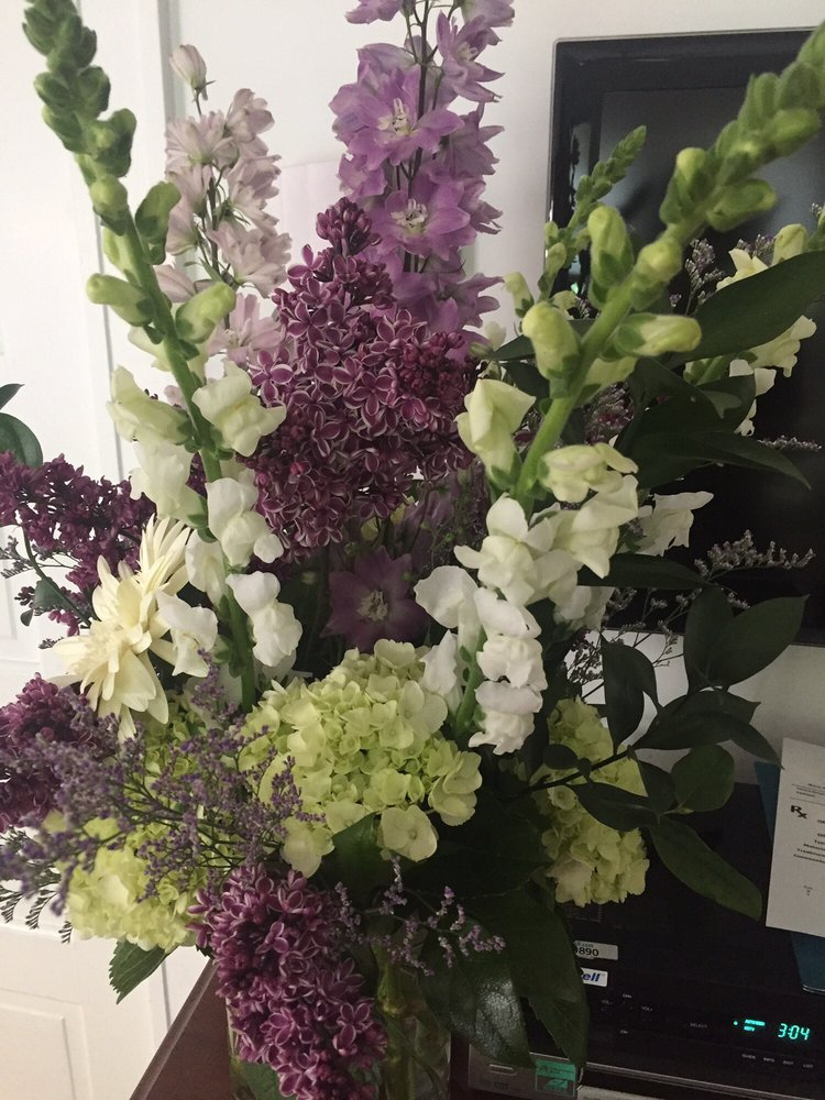 Greene's Flower Shoppe: 5230 Montgomery Rd, Cincinnati, OH