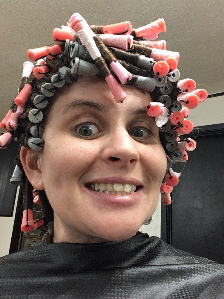 T-2 Hair Salon: 801 E Fourth St, Dequincy, LA