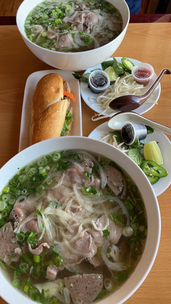Pho Quan Vietnamese Cuisine: 920 SE 4th St, Hermiston, OR