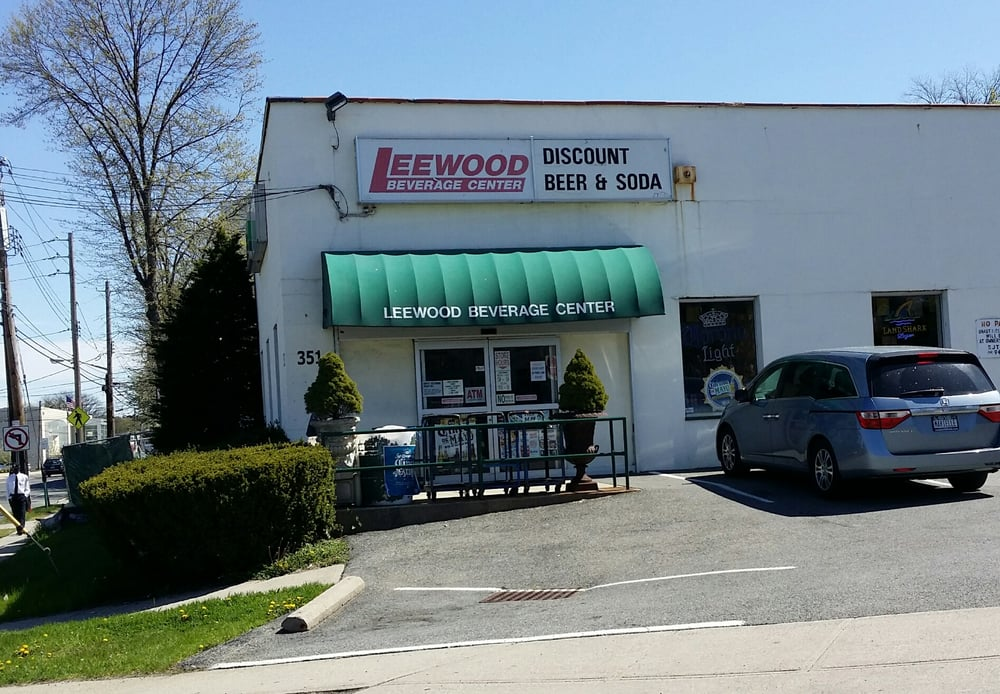 leewood guys Indianapolis, ind - an edinburgh man said he lost his freedom when thieves  stole his scooter lee wood rode a used blue tao tao scooter.