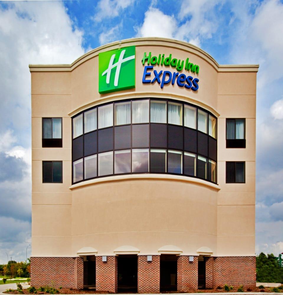 Holiday Inn Express Waterloo-Cedar Falls: 2127 La Porte Rd, Waterloo, IA