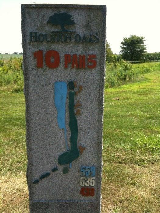 Houston Oaks Golf Course: 555 Houston Oaks Dr, Paris, KY