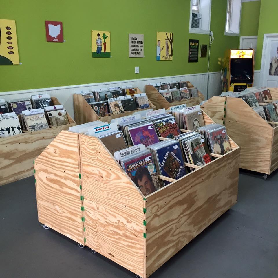 Pinwheel Records 14 Photos Amp 13 Reviews Vinyl Records